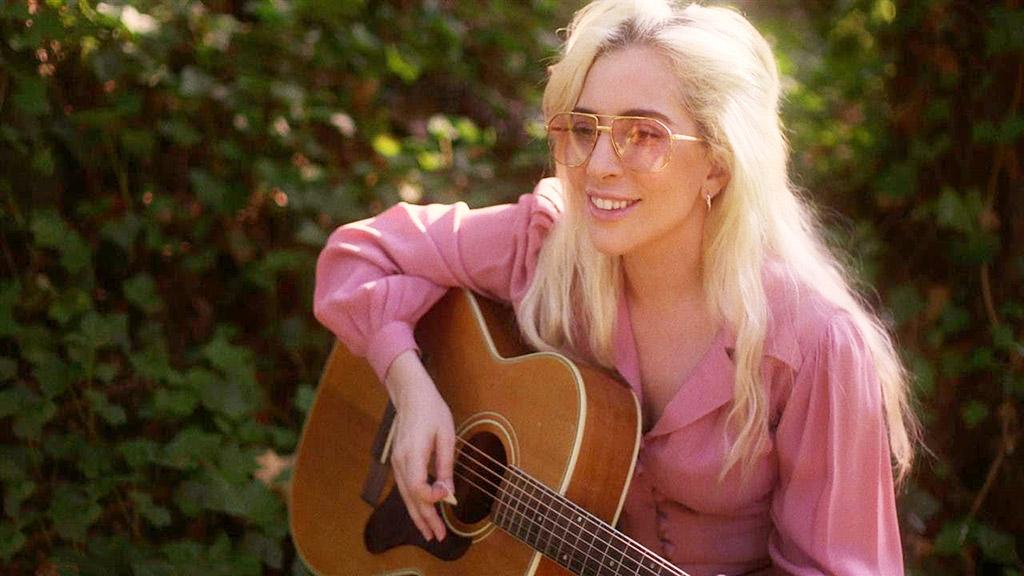 格莱美大获全胜的她不叫 Gaga 而叫 Joanne